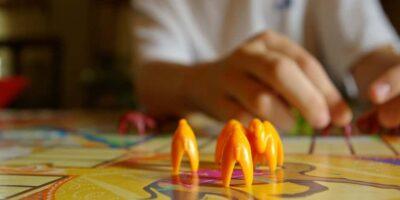 Kinek fog tetszeni a Twister társasjáték?